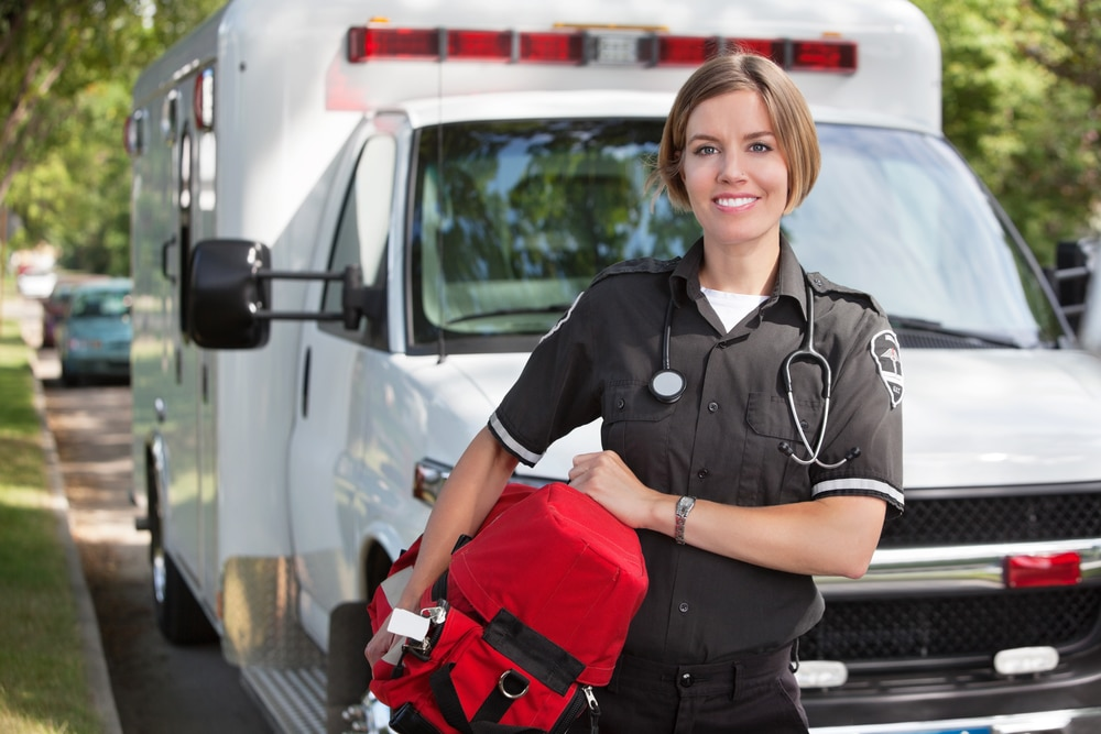 How to Prepare For an EMT Career