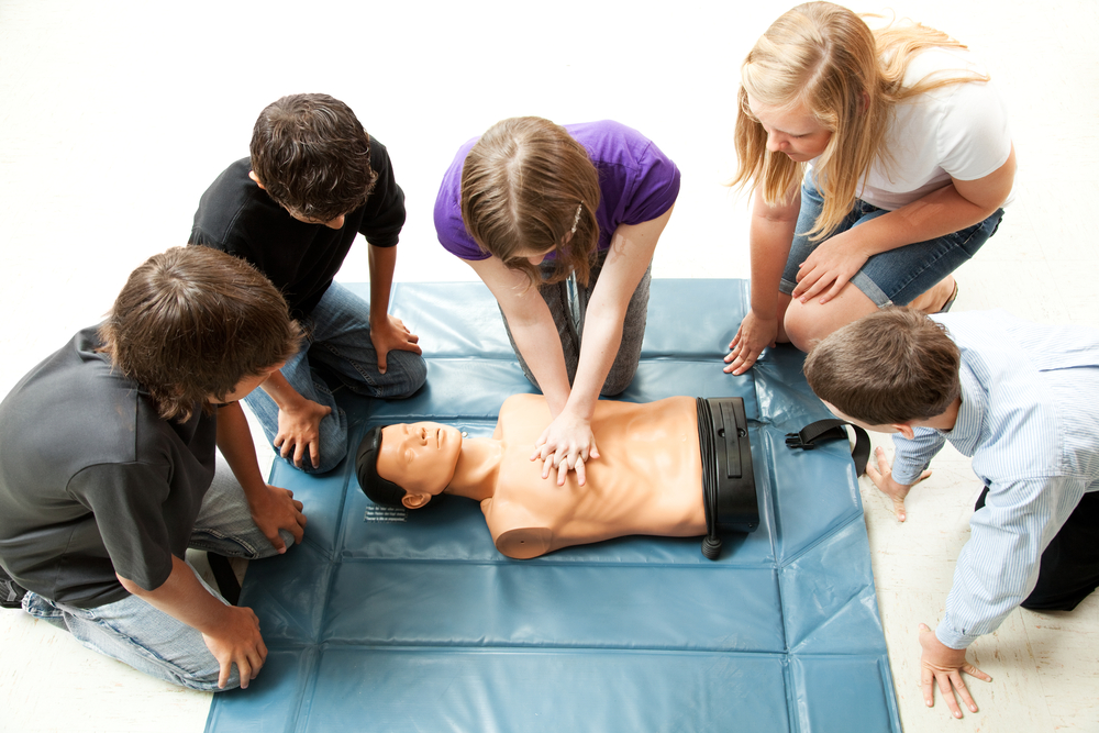 What to Look for in a Group CPR Class
